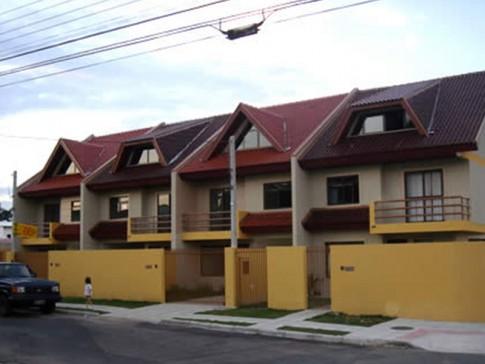 Sobrados Rua Santa Inês Curitiba PR